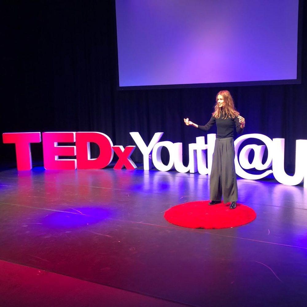 TEDx public speaker Elles Ottens empowerment coach